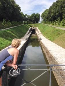 Ondergronds kanaal dat in opdracht van Napoleon is gebouwd en de Saone met een naastliggende rivier verbindt.