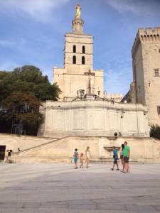 Het pauselijk paleis van Avignon