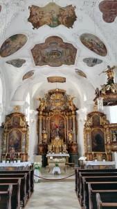 Kerkje in Essing, dorpje langs de Altmühl