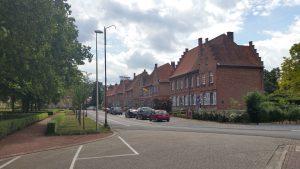 Beringen: plein nabij de klenmijnen met prachtige oude directeurswoningen
