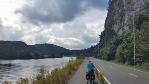 Langs de Maas, op weg naar Dinant