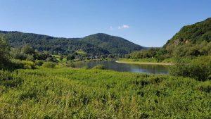 Fraai landschap op de weg naar Usti