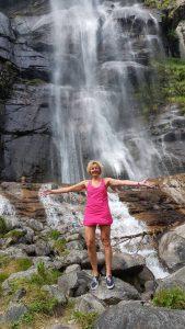 Petra zoekt verkoeling bij de Cascate Acquafraggia