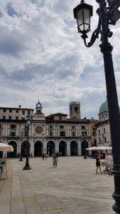 Het stadsplein van Brescia